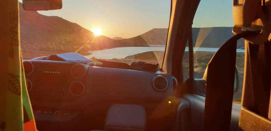 Lever de soleil en Islande depuis le van