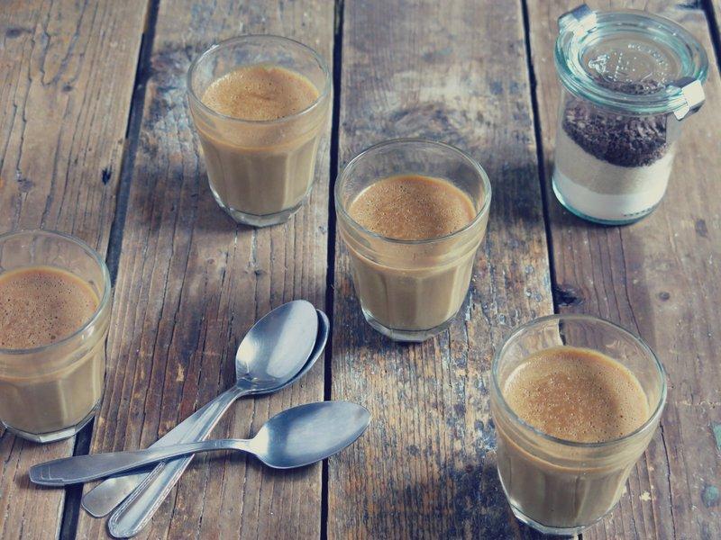 Dessert en kit crème au café