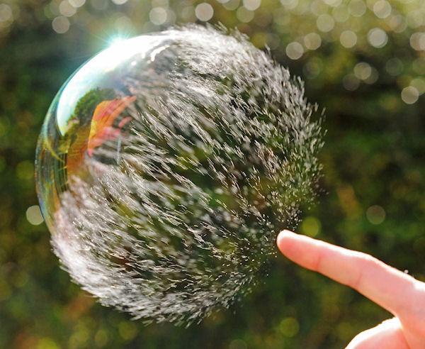 eclat-d-une-bulle