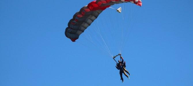 Parachutisme Adrénaline pour dépasser ses peurs!