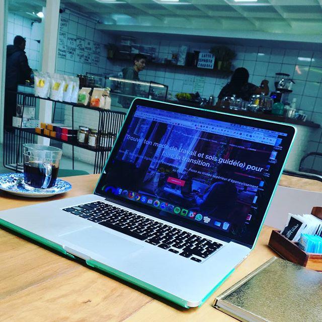 Lala's Coworking de Beleza & Café