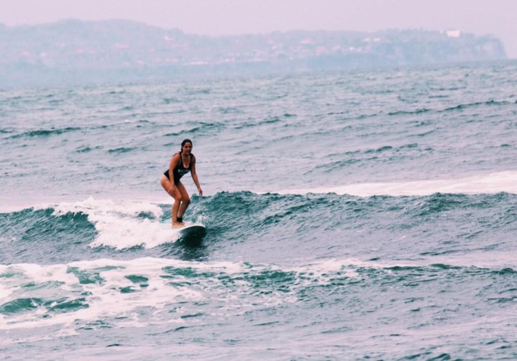Margaux Roux, Digital Nomad et fan de surf