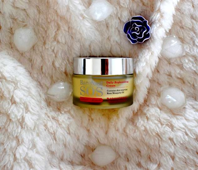Crème hydratante pour l'automne/hiver : Barefoot Sos Daily Replenishng Cream