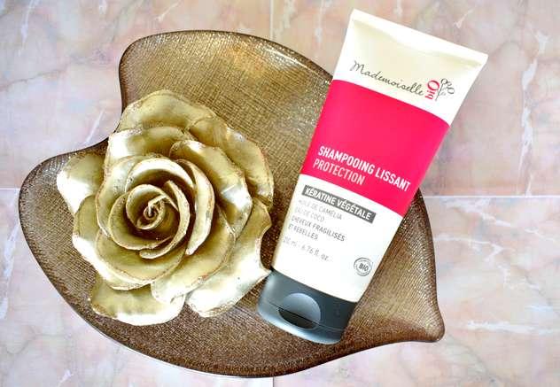 Mes produits de beauté favoris bio et naturels en 2017 cheveux : shampoing lissant protection kératine végétale Mademoiselle Bio