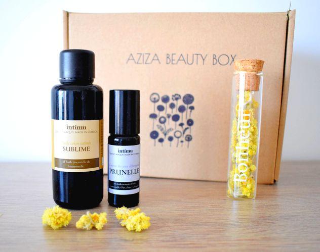 Aziza Beauty Box : Cosmétiques immortelle Intimu