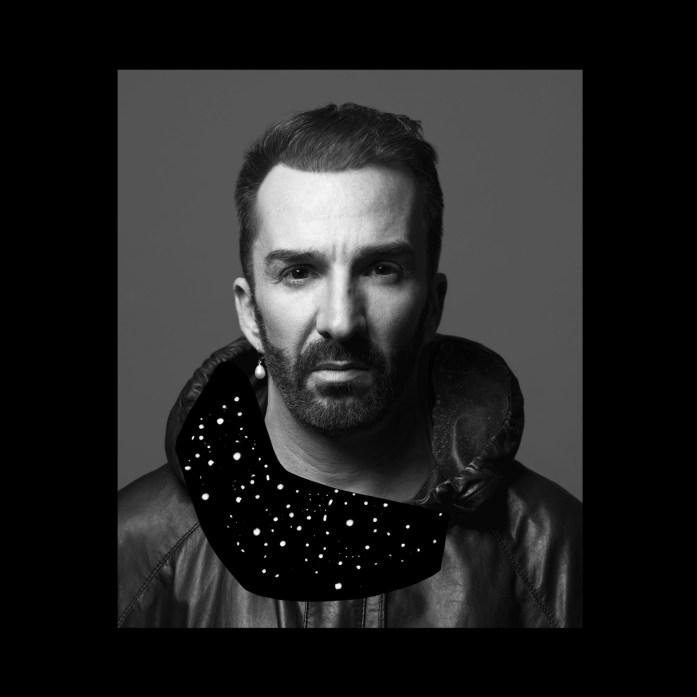 Homme désormais multi-tâche, Rubin et le Paradoxe présente un tout premier EP faisant parlant ses influences avec X Raisons.