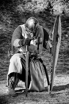 chevalier romance bretagne médiévale