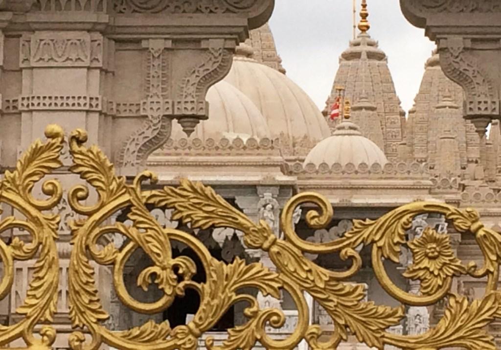 PDT-2019-Londres-Neadsen Temple-Toit et dorures-Les Papotis de Thalie