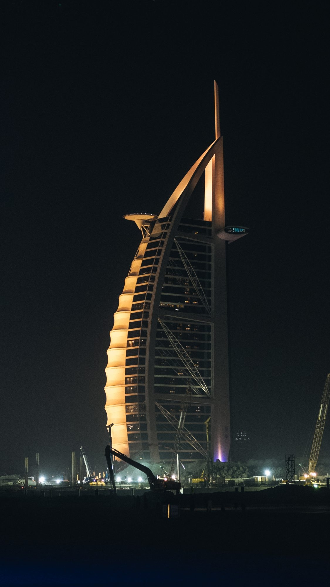 Burj-Al-Arab by night - Dubaï