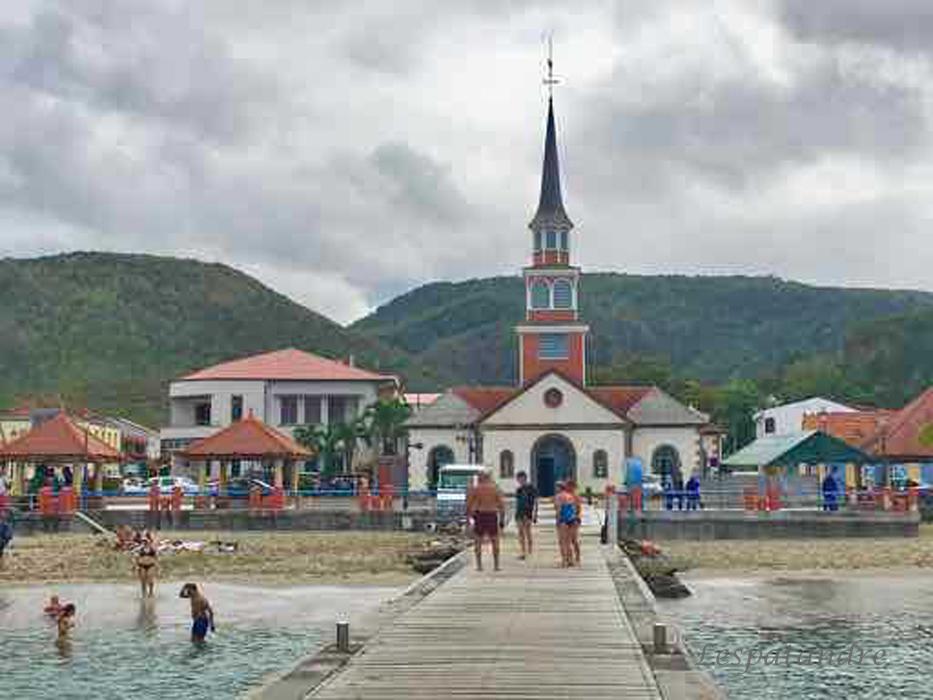 Anse d'Arlet Eglise et ponton