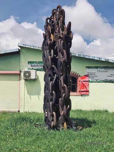 Les larmes de fonte mémorial en souvenir des victimes de l'éruption de la Pelée