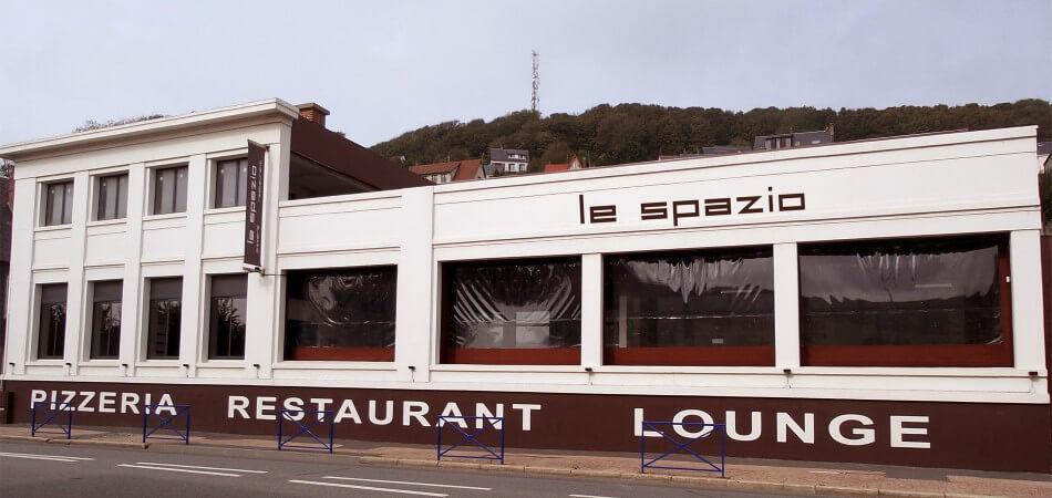 Façade du Spazio restaurant pizzéria à fécamp