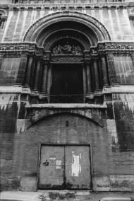 Église du Bon Pasteur (entrée)