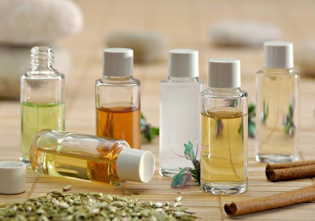 Les huiles essentielles qui combattent les p'tits maux de l'hiver
