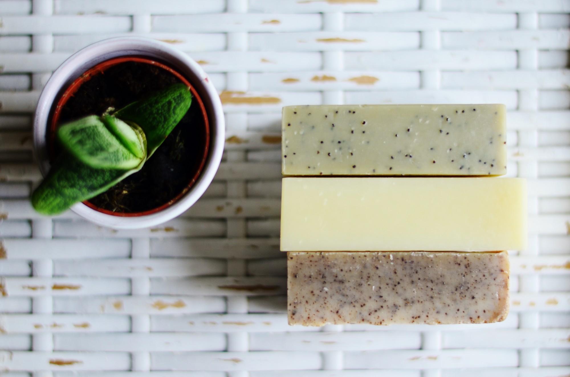 ma peau adore le savon saponifi froid. Black Bedroom Furniture Sets. Home Design Ideas