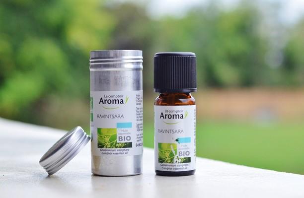 huile-essentielle-anti-bouton-acne