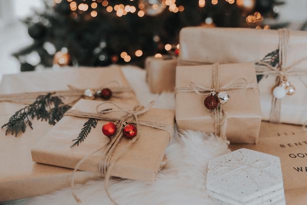 cadeaux noël emballage papier kraft