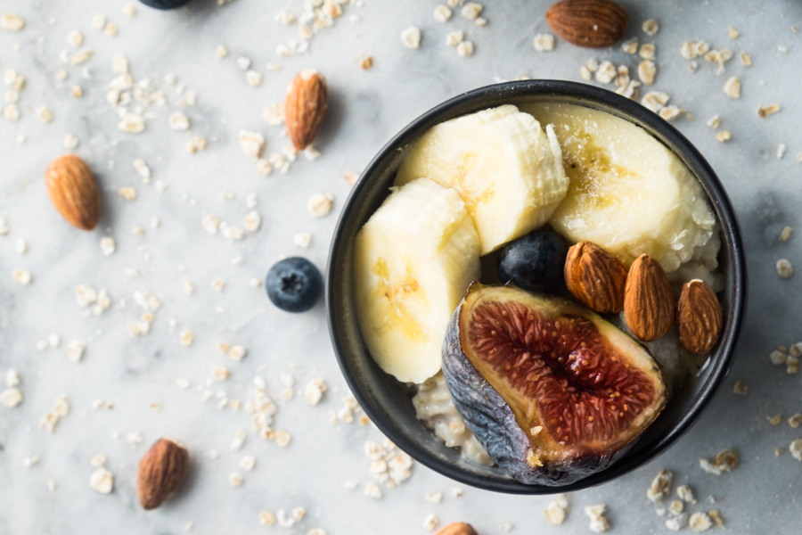 porridge-banane-figue-amandes