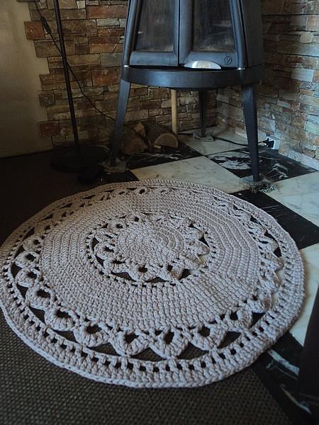 tuto and co joli tapis au crochet en
