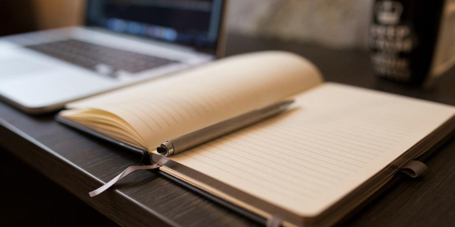 Comment rédiger des fiches produits qui font vendre sur Etsy