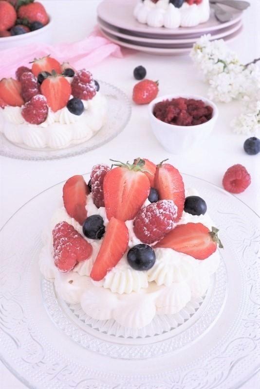 pavlova fraises framboises - les petits secrets de lolo