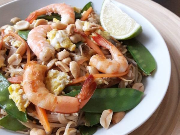 Pad thaï aux crevettes et citron vert