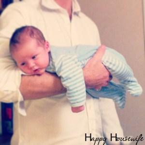 soulager les coliques de bébé portage