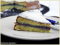 Gâteau au chocolat bla nc et confiture de mûres