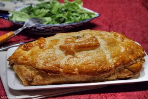 Pâté chaud de canard au foie gras et champignons