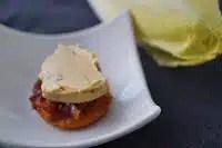 http://www.recettesgourmandesbykelou.com/2014/12/tatins-dendive-au-foie-gras.html