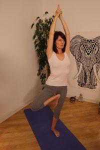 bienfaits-yoga-arbre