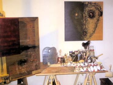 Un visage signé Marc Guillet, dans son atelier, photo de l'auteur