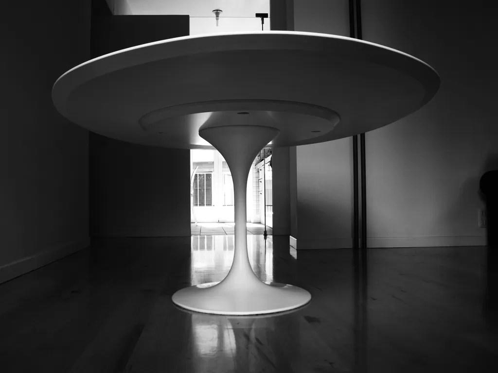 Tavolo Tulip  Eero Saarinen 1956  ovale 244x137  Less