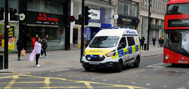 Metropolitan Police Service Ford Transit Custom BX70 DAU-LLB