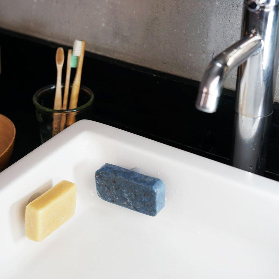 Porte-savon aimanté à ventouse