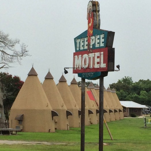 Teepee Motel in Wharton, Texas