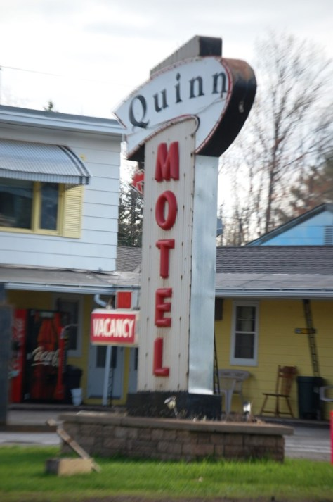 Old Quinn Motel Neon sign in Ironwood, MI