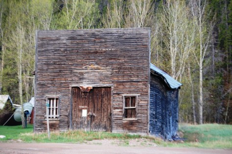 An old barn in Neihart, Montana