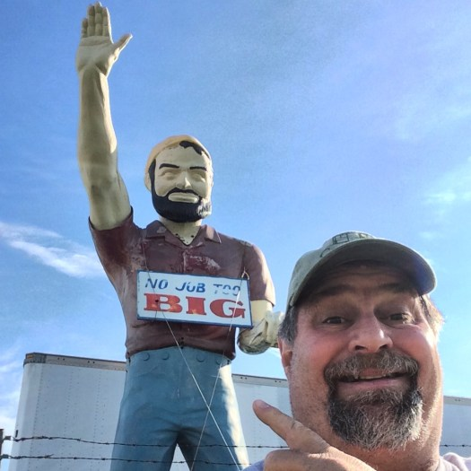 Sumoflam and Muffler Man in Wentzville, MO