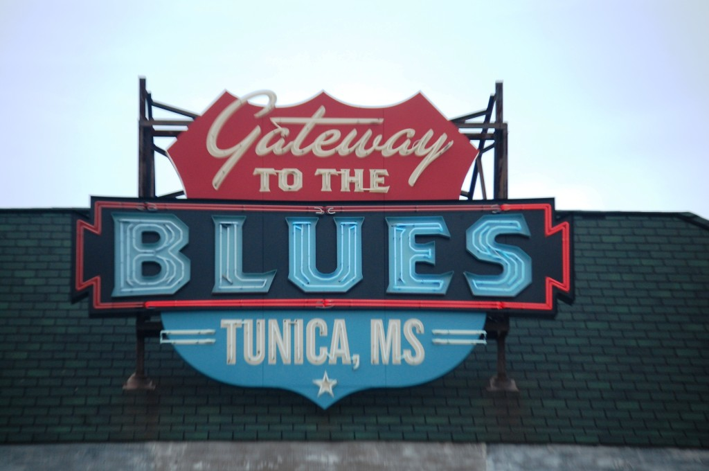 0a7aac3cf35d06 Highway 61 Visited  The Blues Highway of Mississippi – Day 1 – Less ...