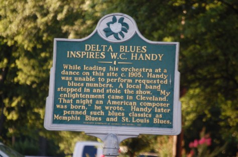 Historical marker about W.C. Handy being inspired in Cleveland, MS