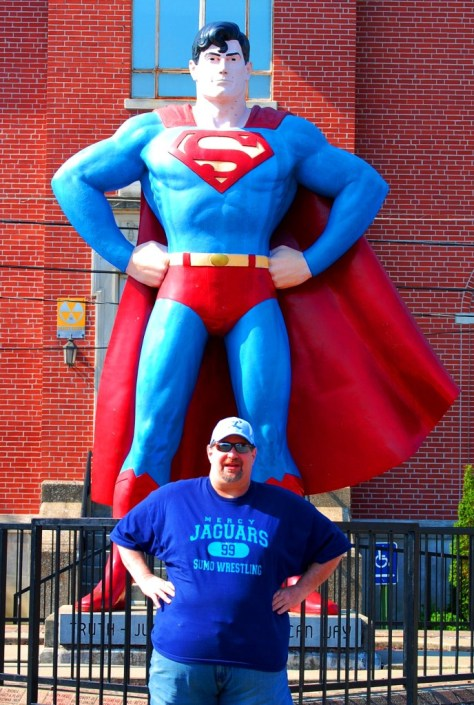 Sumoflam and the 12 foot tall bronze Superman in Metropolis (not fiberglass, but a neighbor to Big John)