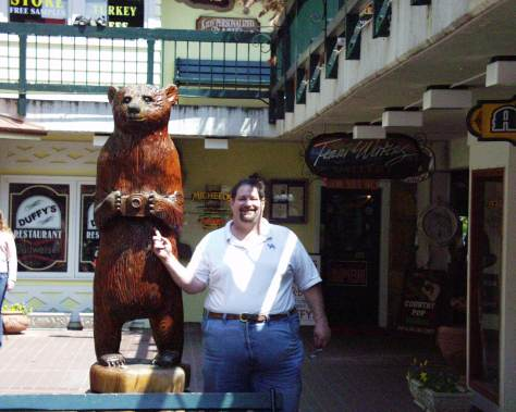 Photo bear in Gatlinburg, TN