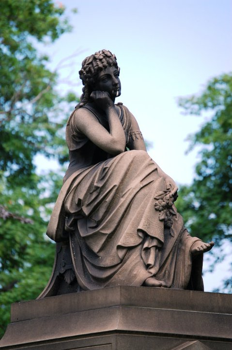 A thinking monument in Lake View Cemetery