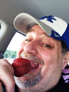 Sumoflam enjoying an amazing California strawberry picked up fresh at a farm near Ukiah, CA