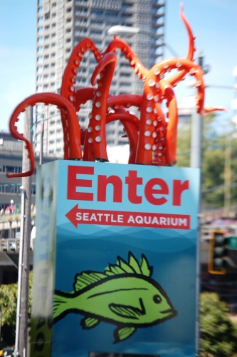 Unique sign for the Seattle Aquarium