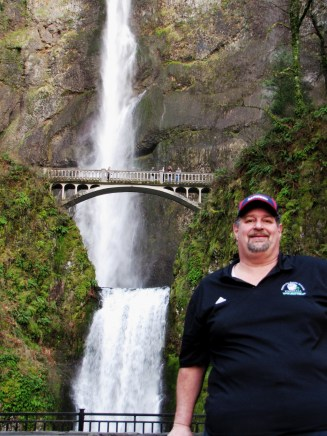 Perhaps my favorite all-time wterfall is Multnomah Falls in Oregon. This was taken in 2012