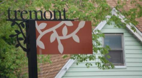 Welcome to Tremont District signs