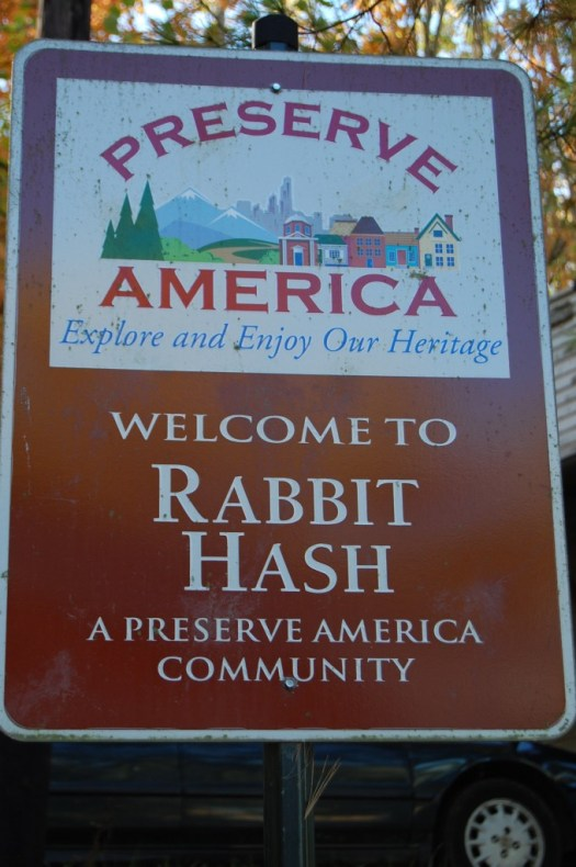 Rabbit Hash, KY sign