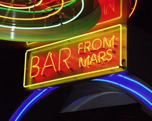 Kitschy Mars theme in Space Aliens